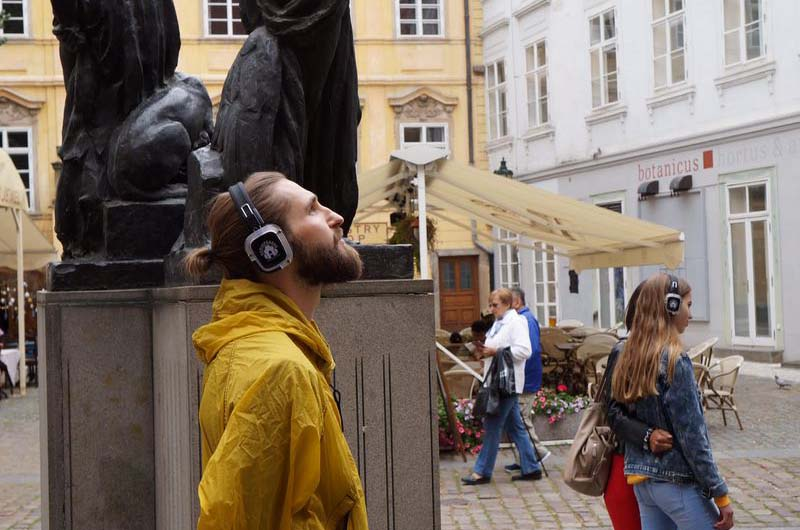 Спектакль-променад по магической Праге.