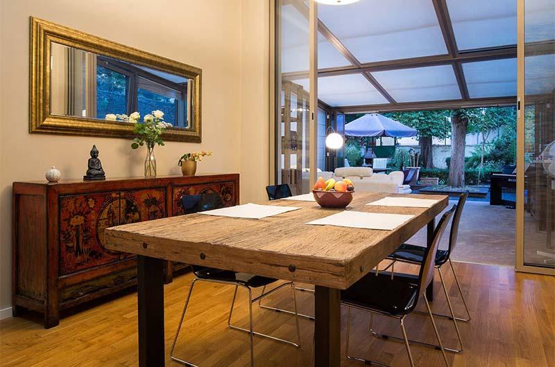 Квартира в Праге – хорошая альтернатива отелю. Можно самостоятельно готовить еду и сэкономить на этом.