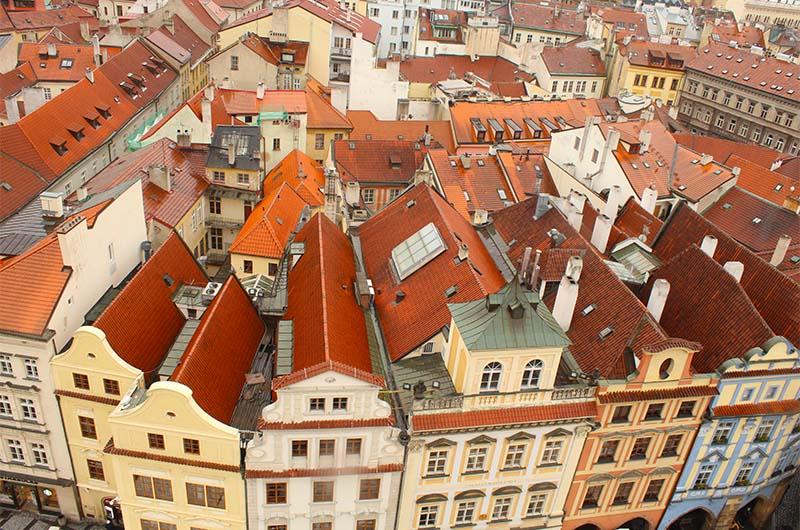 По углам башни есть небольшие площадки - с них очень удобно наблюдать за городом.