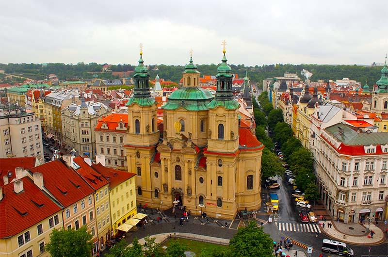 Церковь святого Николая. Вид с башни ратуши.