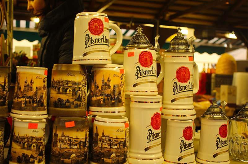 Пивные кружки на Гавельском рынке.