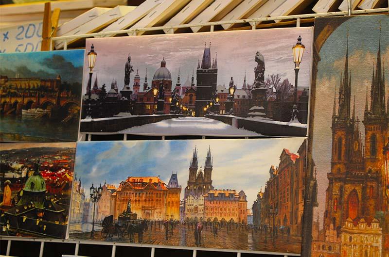 Картины с видами Праги.