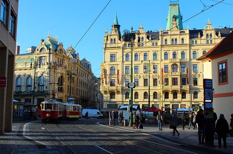 Прага в декабре. Снега нет.